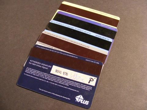 Credit-Card_Visa-MasterCard_83272-480x360
